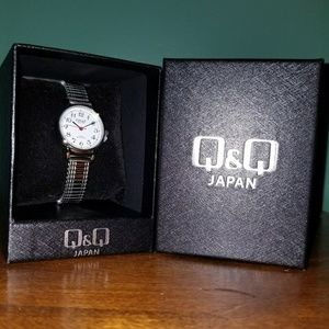 Q&Q Silver Watch 🌺